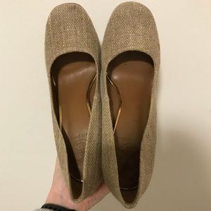 Tory Burch tan wool and gold heels